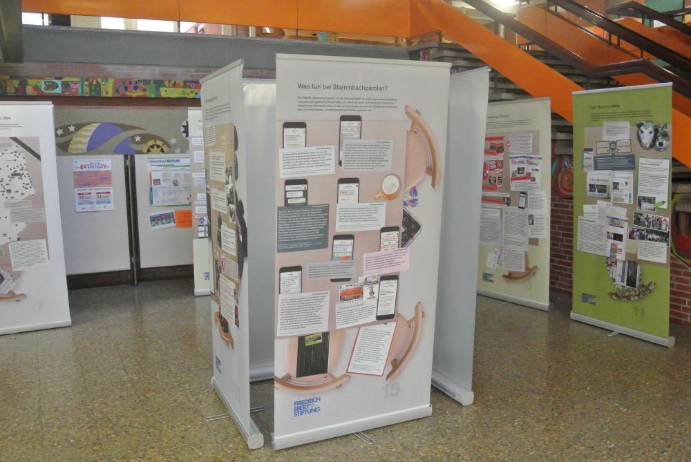 """Ausstellung zum Thema """"Rechtsextremismus"""""""