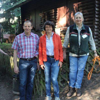 Eröffnung: Herr Ley, Kreispräsidentin Borwieck-Detlefs, Frau Gehlhaar (Landesforsten)